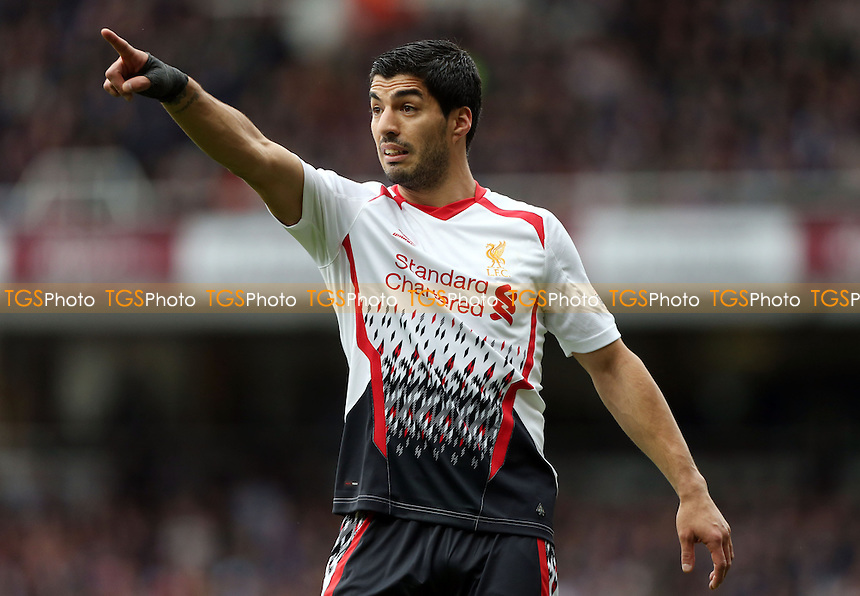 Luis Suarez of Liverpool - West Ham United vs Liverpool, Barclays Premier League at Upton Park, West Ham, London - 06/04/14 - MANDATORY CREDIT: Rob Newell/TGSPHOTO - Self billing applies where appropriate - 0845 094 6026 - contact@tgsphoto.co.uk - NO UNPAID USE