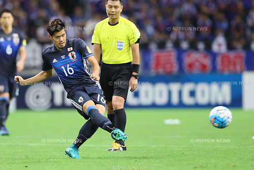 Hotaru Yamaguchi (JPN), <br /> OCTOBER 6, 2016 - Football / Soccer : <br /> FIFA World Cup Russia 2018 Asian Qualifier <br /> Final Round Group B <br /> between Japan 2-1 Iraq <br /> at Saitama Stadium 2002, Saitama, Japan. <br /> (Photo by Yohei Osada/AFLO SPORT)