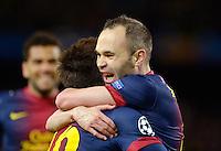 FUSSBALL  CHAMPIONS LEAGUE  ACHTELFINALE  RUECKSPIEL  2012/2013      FC Barcelona  - AC Mailand      13.03.2013 JUBEL Barca ;  Andres Iniesta (re) umarmen  Torschuetze zum 2-0 Lionel Messi