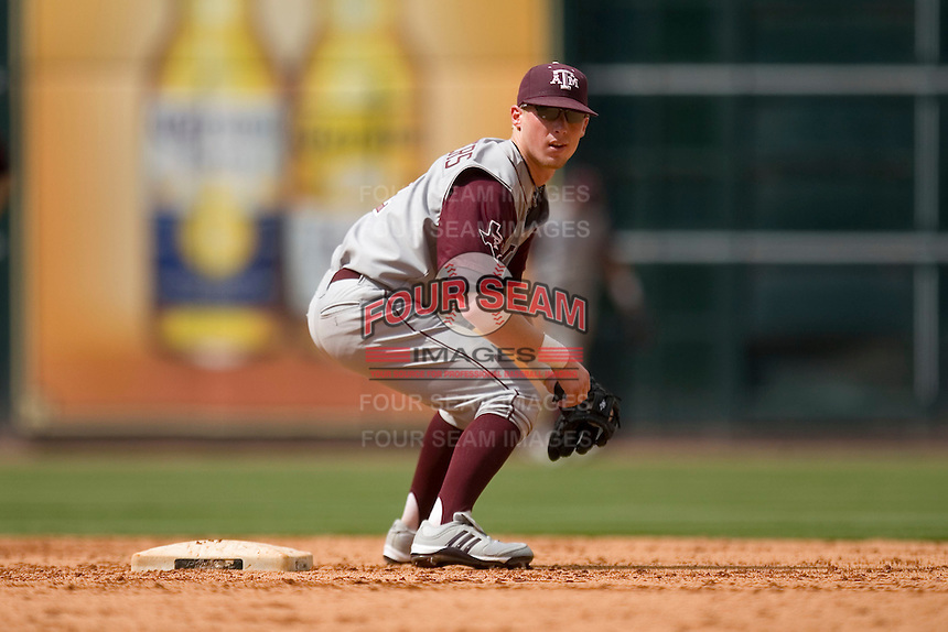 Second baseman Nick Anders #2 of the Texas A&M Aggies on defense versus the UC-Irvine Anteaters in the 2009 Houston College Classic at Minute Maid Park February 27, 2009 in Houston, TX.  The Aggies defeated the Anteaters 9-2. (Photo by Brian Westerholt / Four Seam Images)