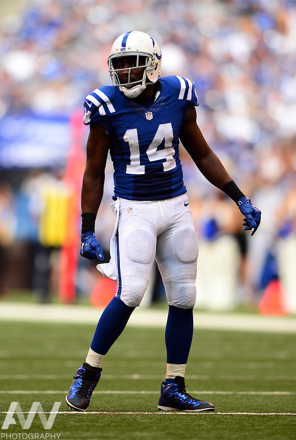 Sep 28, 2014; Indianapolis, IN, USA; Indianapolis Colts wide receiver Hakeem Nicks (14) against the Tennessee Titans at Lucas Oil Stadium. Mandatory Credit: Andrew Weber-USA TODAY Sports