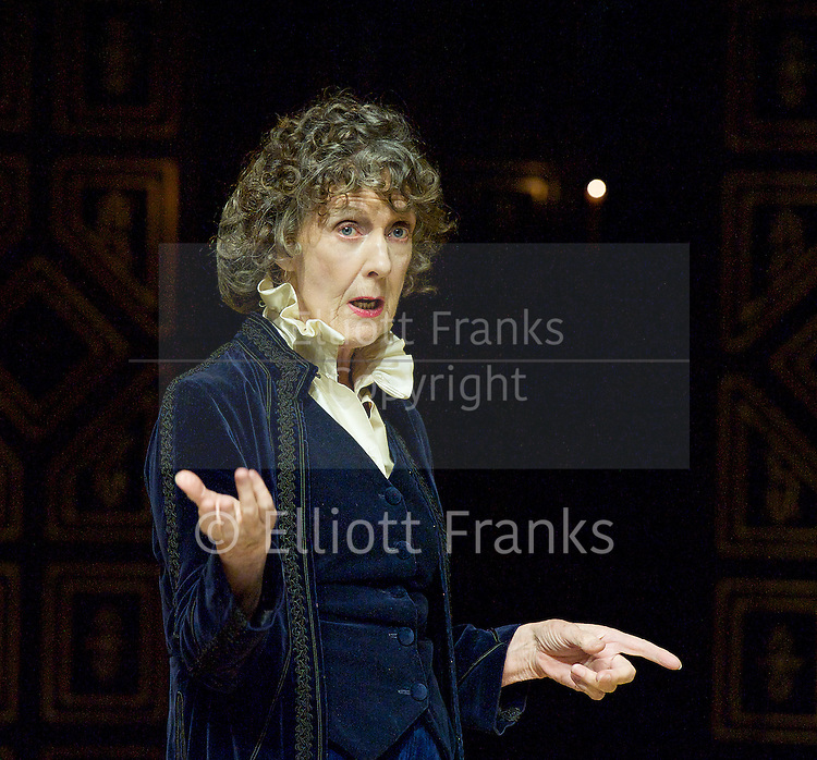 Ellen Terry with Eileen Atkins<br />