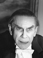 Ed Wood (1994) <br /> Martin Landau as Bela Lugosi <br /> *Filmstill - Editorial Use Only*<br /> CAP/PLF<br /> Image supplied by Capital Pictures /MediaPunch ***NORTH AND SOUTH AMERICAS ONLY***