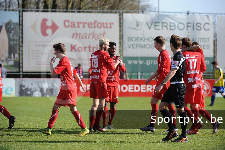 GULLEGEM - HALLE :<br /> vreugde bij Gullegem na de 2-0<br /> <br /> Foto VDB / Bart Vandenbroucke