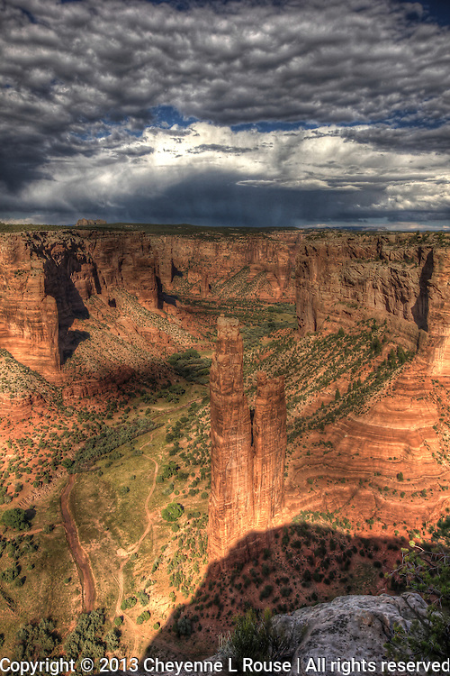 Spider Woman Spire - Vertical - Arizona - Canyon de Chelly