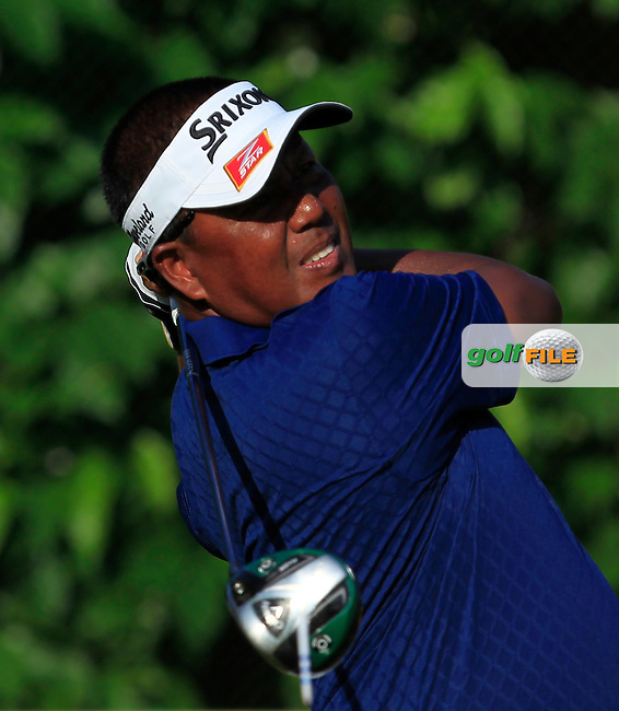 Antonio Lascuna (PHI) in action during Round Four of the Maybank Championship Malaysia 2016, at the Royal Selangor Golf Club, Kuala Lumpur, Malaysia.  21/02/2016. Picture: Golffile | Thos Caffrey.<br /> <br /> All photos usage must carry mandatory copyright credit (&copy; Golffile | Thos Caffrey).