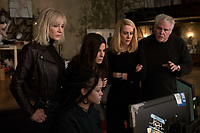 Ocean's 8 (2018) <br /> (Ocean's Eight)  <br /> CATE BLANCHETT, RIHANNA, SANDRA BULLOCK, SARAH PAULSON and director GARY ROSS on the set of <br /> *Filmstill - Editorial Use Only*<br /> CAP/MFS<br /> Image supplied by Capital Pictures