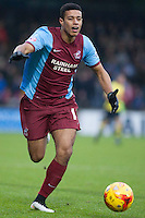 Lyle Taylor of Scunthorpe U<br />  - Scunthorpe United vs Rochdale - Sky Bet League One Football at Glanford Park, Scunthorpe, Lincolnshire - 26/12/14 - MANDATORY CREDIT: Mark Hodsman/TGSPHOTO - Self billing applies where appropriate - contact@tgsphoto.co.uk - NO UNPAID USE