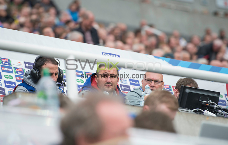 Picture by Allan McKenzie/SWpix.com - 20/05/2017 - Rugby League - Dacia Magic Weekend - Widnes v Wakefield - St James' Park, Newcastle, England - Chris Chester looks on from the coaching booth.