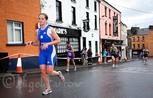 04 JUL 2010 - ATHLONE, IRL - Katherine Henderson on her way to winning the Womens 20-24 category at the European Age Group Standard Distance Triathlon Championships .(PHOTO (C) NIGEL FARROW)