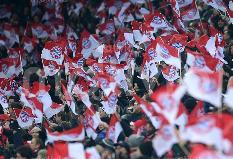 FUSSBALL   1. BUNDESLIGA  SAISON 2012/2013   15. Spieltag FC Bayern Muenchen - Borussia Dortmund     01.12.2012 FC Bayern Muenchen Fankurve mit Fahnen