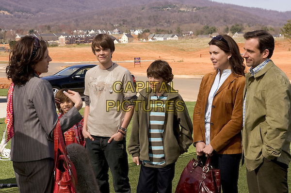 MOLLY SHANNON, JIMMY BENNETT, JOHNNY SIMMONS, GRAHAM PHILLIPS, LAUREN GRAHAM & STEVE CARELL.in Evan Almighty .**Editorial Use Only**.CAP/AWFF.Supplied by Capital Pictures