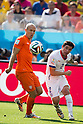 Arjen Robben (NED), Eugenio Mena (CHI), JUNE 23, 2014 - Football / Soccer : FIFA World Cup Brazil 2014 Group B match between Netherlands 2-0 Chile at Arena de Sao Paulo Stadium in Sao Paulo, Brazil. (Photo by Maurizio Borsari/AFLO)