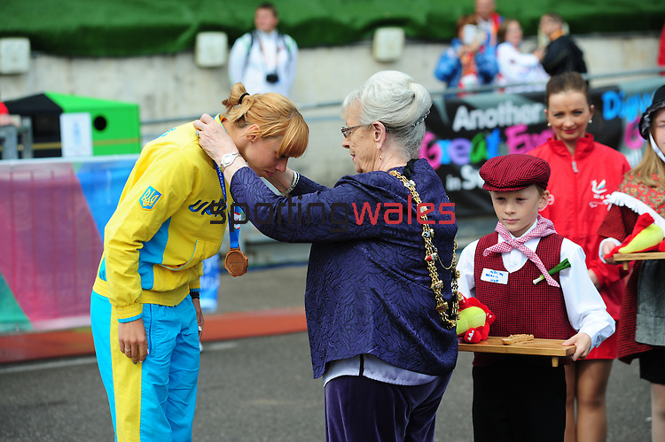 IPC European Athletics Championship 2014<br /> Swansea University<br /> <br /> Medal ceremony: Women's long jump T20. <br /> <br /> 21.08.14<br /> Chris Vaughan-SPORTINGWALES