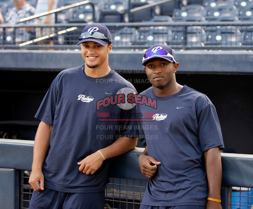 Donovan Tate (left) and Everett Williams (right) - AZL Padres (2009 Arizona League)..Photo by:  Bill Mitchell/Four Seam Images..