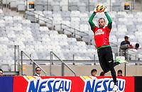 BELO HORIZONTE, MINAS GERAIS, 22 DE ABRIL 2013 - TREINO SELEÇÃO BRASILEIRA DE FUTEBOL - Diego Cavallarieri goleiro da seleção brasileira de futebol durante sessão de treinamento na Minas Arena (Mineirão), na tarde desta terça-feira, 22. Amanhã o Brasil enfrenta o Chile no mesmo local. FOTO: WILLIAM VOLCOV / BRAZIL PHOTO PRESS.