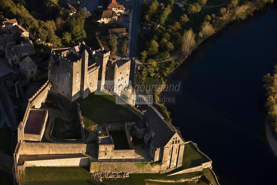 Europe/France/Aquitaine/24/Dordogne/Vallée de la Dordogne/Périgord Noir/Beynac-et-Cazenac: le Château -Vue aérienne