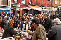 El Rastro outdoor market, Madrid, Spain