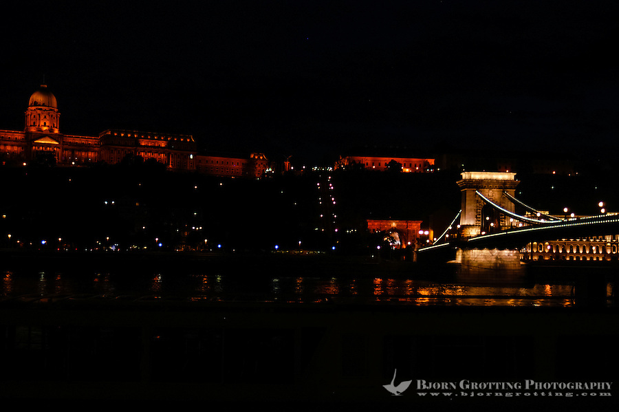 Budapest, Hungary.  Széchenyi Chain Bridge and Castle Hill at night.
