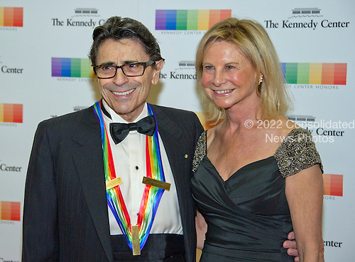 1997 Kennedy Center Honoree Edward Vallella and his wife, Linda, a former Olympic figure skater, arrive for the formal Artist's Dinner honoring the recipients of the 39th Annual Kennedy Center Honors hosted by United States Secretary of State John F. Kerry at the U.S. Department of State in Washington, D.C. on Saturday, December 3, 2016. The 2016 honorees are: Argentine pianist Martha Argerich; rock band the Eagles; screen and stage actor Al Pacino; gospel and blues singer Mavis Staples; and musician James Taylor.<br /> Credit: Ron Sachs / Pool via CNP