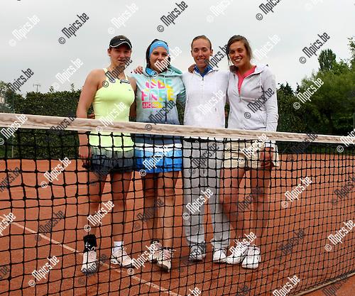 2009-05-03 / Tennis / Interclub Zevenbergen - Dagenraad / De Meisjes van Zevenbergen..Foto: Maarten Straetemans (SMB)