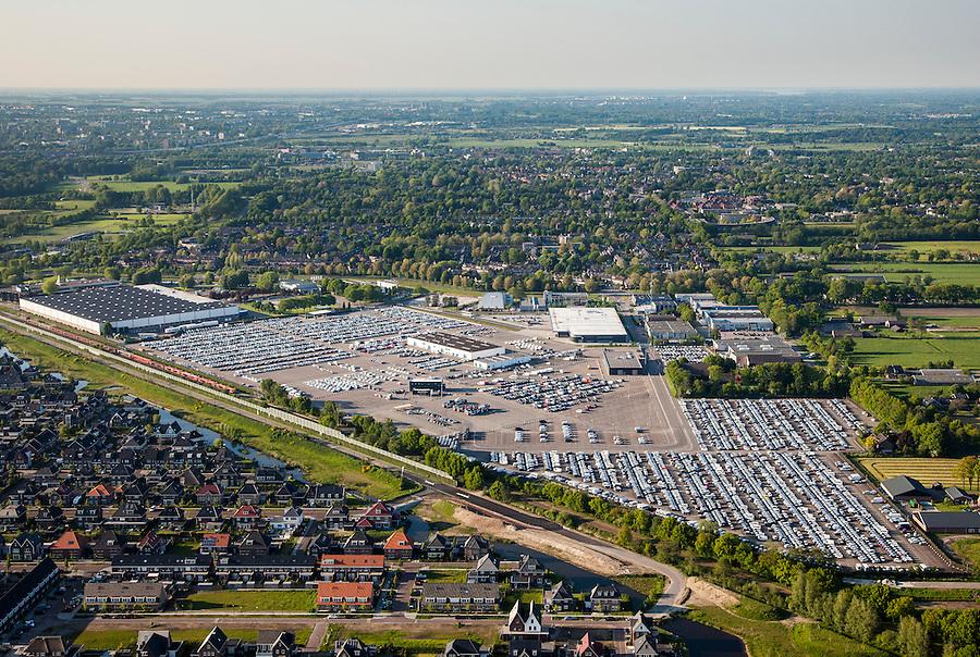 Nederland, Utrecht, Leusden, 27-05-2013; parkeerterrein van automobielbedrijf PON importeur van Volkswagen, Audi, SEAT, &Scaron;koda, Porsche, Bentley<br /> Parking PON car dealers and importer.<br /> luchtfoto (toeslag op standaardtarieven);<br /> aerial photo (additional fee required);<br /> copyright foto/photo Siebe Swart.