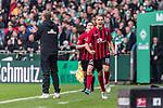 02.11.2019, wohninvest WESERSTADION, Bremen, GER, 1.FBL, Werder Bremen vs SC Freiburg<br /> <br /> DFL REGULATIONS PROHIBIT ANY USE OF PHOTOGRAPHS AS IMAGE SEQUENCES AND/OR QUASI-VIDEO.<br /> <br /> im Bild / picture shows<br /> Jubel 1:1, <br /> Nils Petersen (SC Freiburg #18) bejubelt seinen Treffer zum 1:1 hinter Florian Kohfeldt (Trainer SV Werder Bremen), <br /> <br /> Foto © nordphoto / Ewert