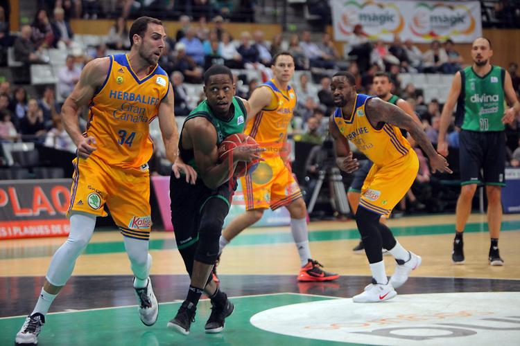 League ACB-ENDESA 2016/2017. Game: 28.<br /> Divina Seguros Joventut vs Herbalife Gran Canaria: 86-72.<br /> Pablo Aguilar, Terry Smith &amp; Bo McCalebb.