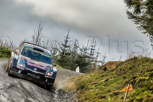 14.11.2015. Wales. WRC Rally of Great Britan. Stages 11-14, Wales.  Jari-Matti Latvala (FIN) and Mikka Antilla (FIN) - Volkswagen Polo WRC