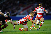 Bill Meakes of Gloucester Rugby manages to pass to Henry Purdy of Gloucester Rugby