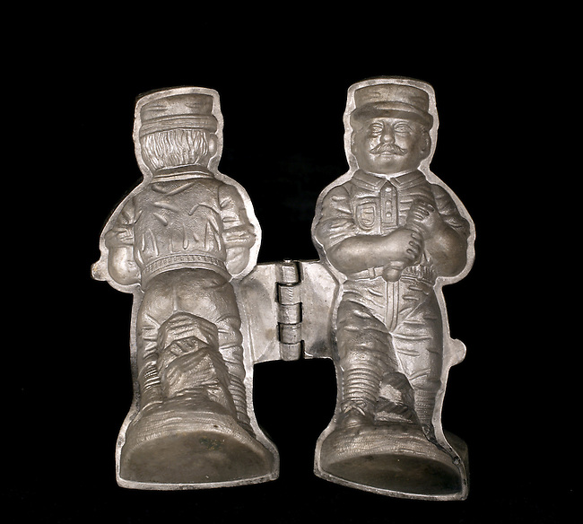 Baseball Collection: 19th Century Baseball Player Mold