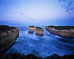 Australia, Victoria, Great Ocean Road, Port Campbell National Park, Loch Ard Gorge with rock arch
