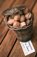 Europe/France/Bretagne/35/Ille-et-Vilaine/Saint-Malo: Patates de St Malo Spécialité sucrée de la Confiserie Guella - 8 rue Porcou de la Barbinais