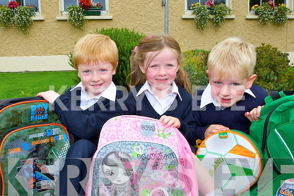 Tommy O'Connor, Ava Twomey and Jamie Cronin who started school at Shrone NS on Wednesday
