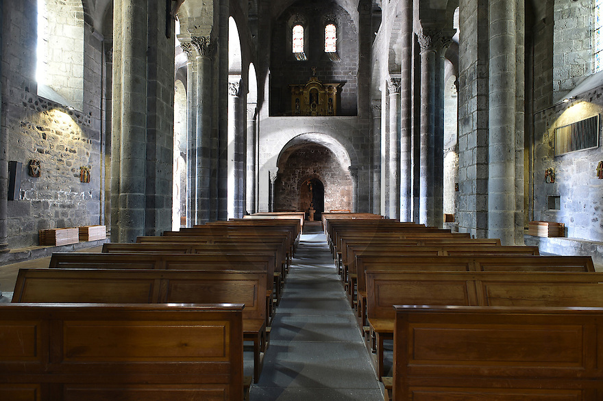 25/08/15 - ORCIVAL - PUY DE DOME - FRANCE - La basilique Notre Dame d Orcival - Photo Jerome CHABANNE