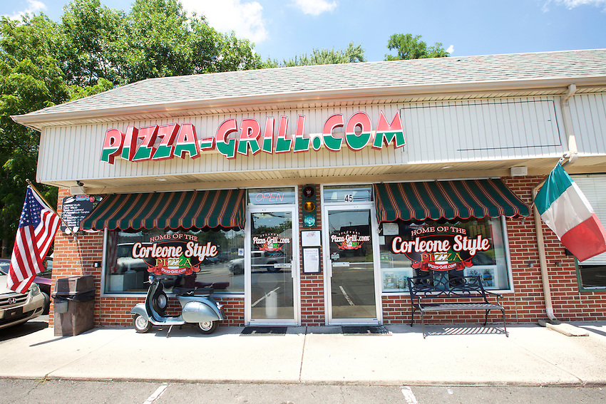 Hamilton, NJ - July 17, 2016: Pizza Grill, home of the Corleone Style Pizza, a square pie made on a focaccia-like crust.<br /> <br /> CREDIT: Clay Williams for Edible Jersey.<br /> <br /> &copy; Clay Williams / claywilliamsphoto.com