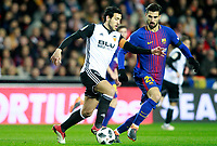 Valencia CF's Daniel Parejo (l) and FC Barcelona's Andre Gomes during Spanish King's Cup Semi Final 2nd match. February 8,2018.  *** Local Caption *** © pixathlon<br /> Contact: +49-40-22 63 02 60 , info@pixathlon.de