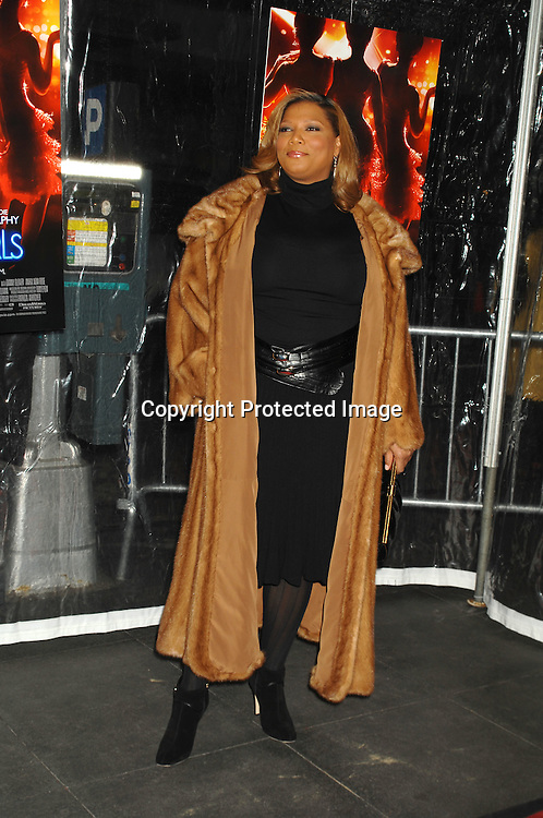 """Queen Latifah..arriving at The World Premier of """"Dreamgirls"""" on ..December 4, 2006 at The Ziegfeld Theatre in New York, ..Roibn Platzer, Twin Images"""