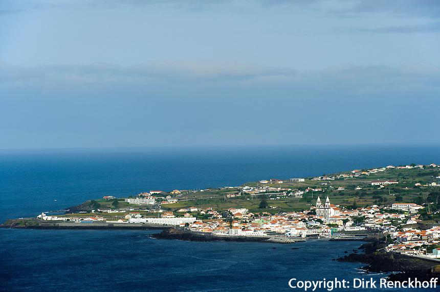 Blick auf Sao Mateus de Calheta auf der Insel Terceira, Azoren, Portugal