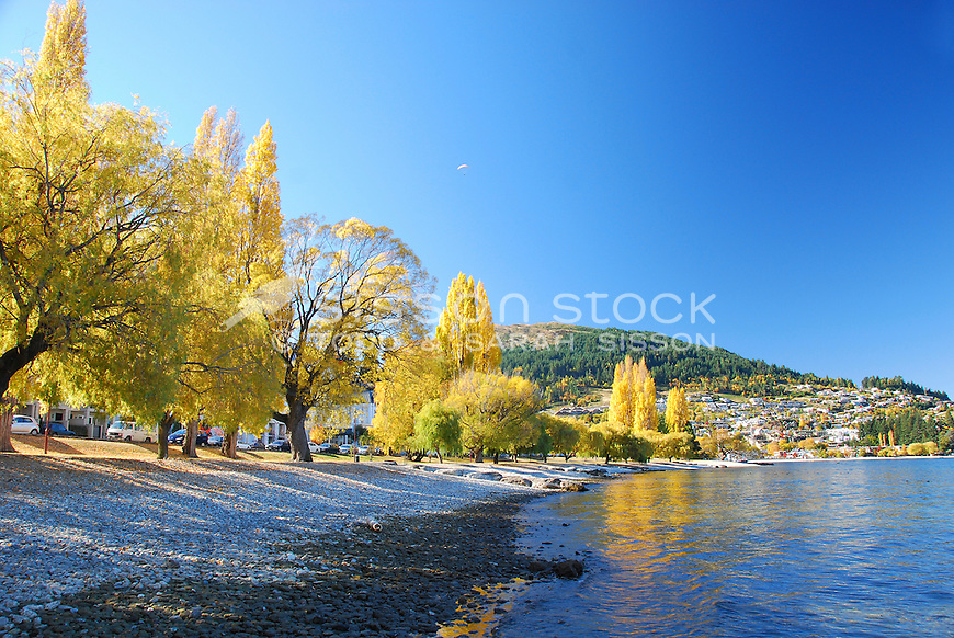 Queenstown in Autumn from the lakeside, Lake Wakatipu.
