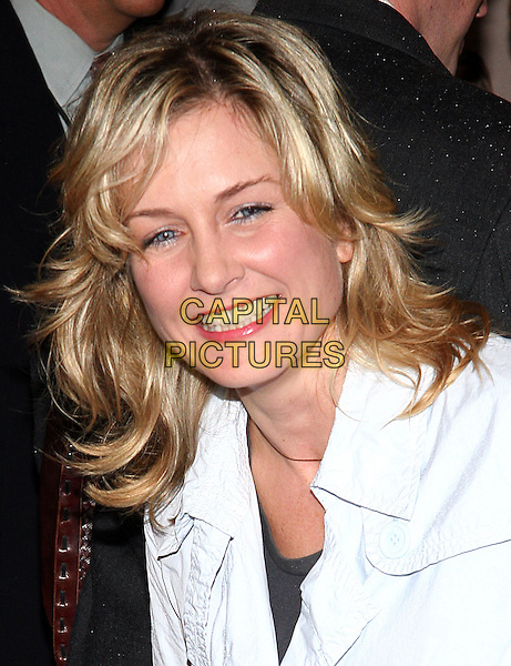 "AMY CARLSON.NY Premiere of ""Elizabethtown"", Lowes Lincoln Square, NYC.  .October 11th, 2005.Photo: Jackson Lee/Admedia/Capital Pictures.Ref: JL/ADM/CAP.headshot portrait.www.capitalpictures.com.sales@capitalpictures.com.© Capital Pictures."
