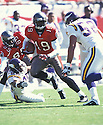 Tampa Bay Buccaneers, Keyshawn Johnson (19) during a game against the Minnesota Vikings on October  28, 2001 at the Raymond James Stadium in Tampa, Florida. The Buccaneers beat the VIkings 41-14 Keyshawn Johnson played for 11 years with 4 different teams and was a 3-time Pro-Bowler.