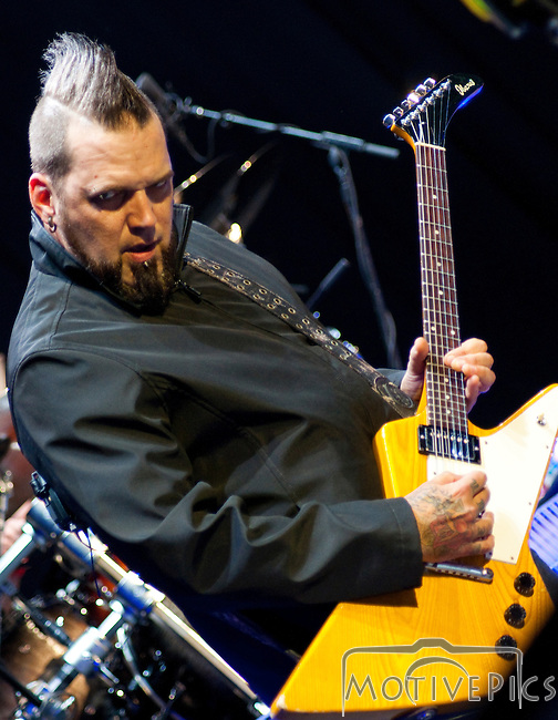 Three Days Grace at Uproar Festival Verizon Wireless Amphitheater St. Louis, MO September 25th, 2011.