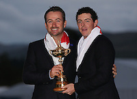 Graeme McDowell (EUR) and Rory McIlroy (EUR) with the Ryder Cup Trophy, at the 2014 Ryder Cup from Gleneagles, Perthshire, Scotland. Picture:  David Lloyd / www.golffile.ie
