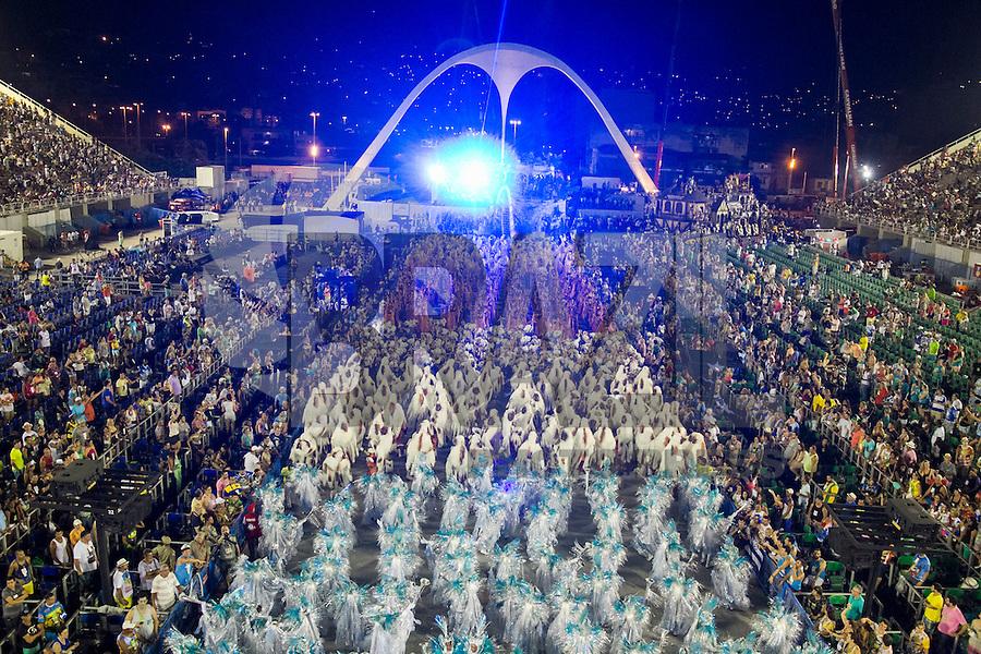 RIO DE JANEIRO, RJ, 17.02.2015 - CARNAVAL 2015 - RIO DE JANEIRO - GRUPO ESPECIAL / UNIDO DA TIJUCA Integrantes da escola de samba Unido da Tijuca durante desfile do grupo Especial do Carnaval do Rio de Janeiro, na madrugada desta terça-feira (17). ( Foto: Paulo Lisboa / Brazil Photo Press).