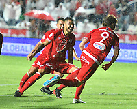 CALI - COLOMBIA, 31-01-2019: Fernando Aristeguieta del América de Cali celebra después de anotar el primer gol de su equipo partido por la fecha 2 de la Liga Águila II 2018 entre América de Cali y Deportes Tolima jugado en el estadio Pascual Guerrero de la ciudad de Cali. / Fernando Aristeguieta of America de Cali celebrates after scoring the first goal of his team during match for the date 2 of the Aguila League II 2018 between America Cali and Deportes Tolima played at Pascual Guerrero stadium in Cali. Photo: VizzorImage / Nelson Rios / Cont