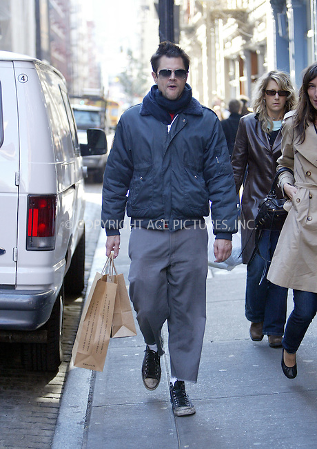 WWW.ACEPIXS.COM . . . . .  ....NEW YORK, OCTOBER 17, 2005....Johnny Knoxville, with a Kid Robot shopping bag, heads to swanky Marc Jacobs on a shopping trip in SoHo.....Please byline: JENNIFER L GONZELES-ACE PICTURES.... *** ***..Ace Pictures, Inc:  ..Craig Ashby (212) 243-8787..e-mail: picturedesk@acepixs.com..web: http://www.acepixs.com