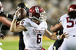Oklahoma Sooners quarterback Baker Mayfield (6) in action during the game between the Oklahoma Sooners  and the Baylor Bears at the McLane Stadium in Waco, Texas.