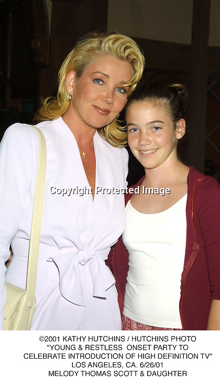 """©2001 KATHY HUTCHINS/HUTCHINS PHOTO.""""YOUNG & RESTLESS ONSET ONSET PARTY TO.CELEBRATE IN INTRODCTION OF HIGH DEFINTION TV"""".LOS ANGELES, CA 6/25/01.MELODY THOMAS SCOTT & DAUGHTER"""