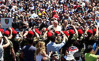 Papa Francesco tiene un'udienza ai componenti dell'Arma dei Carabinieri in occasione del bicentenario della fondazione, in Piazza San Pietro, Citta' del Vaticano, 6 giugno 2014.<br /> Pope Francis waves as he arrives for an audience with Carabinieri paramilitary police corps' members on the occasion of the 200th anniversary foundation, in St. Peter's Square, Vatican City, 6 June 2014.<br /> UPDATE IMAGES PRESS/Isabella Bonotto<br /> <br /> STRICTLY ONLY FOR EDITORIAL USE